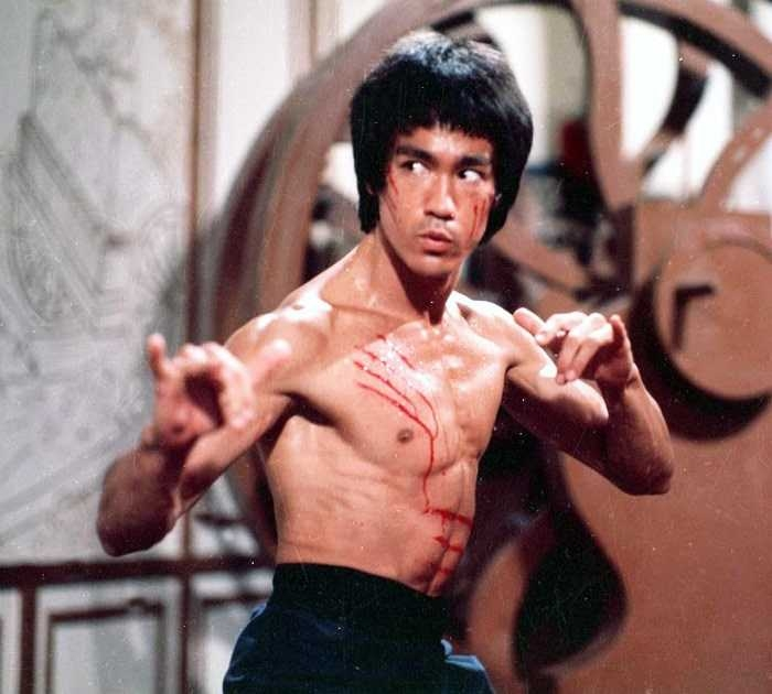 bruce-lee-enter-the-dragon-vs-jean-claude-van-damme-bloodsport-on-bruce-lee-enter-the-dragon-pictures